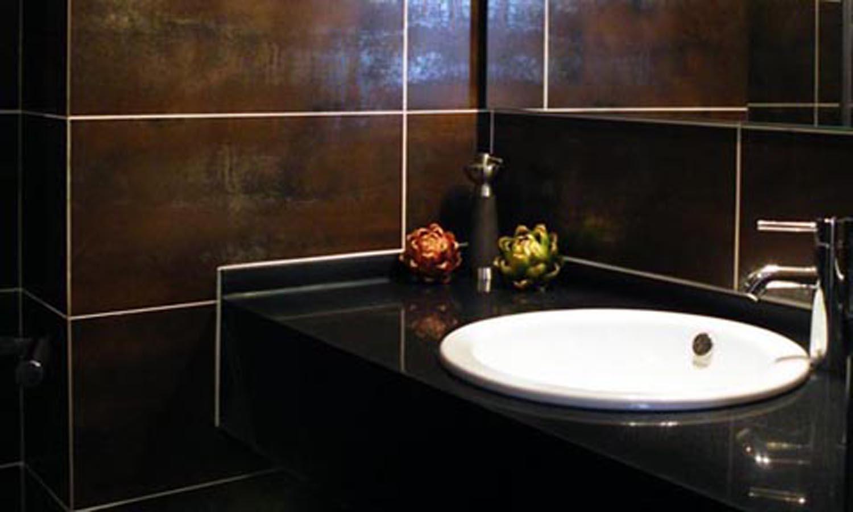 欧式厕所装饰黑色
